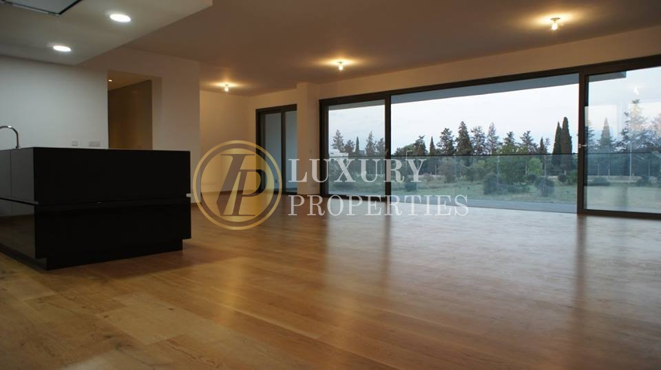 Luxury 3 Bedroom Apartment In Engomi