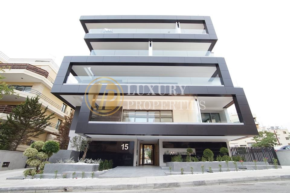 Luxury 3 Bedroom In Acropolis