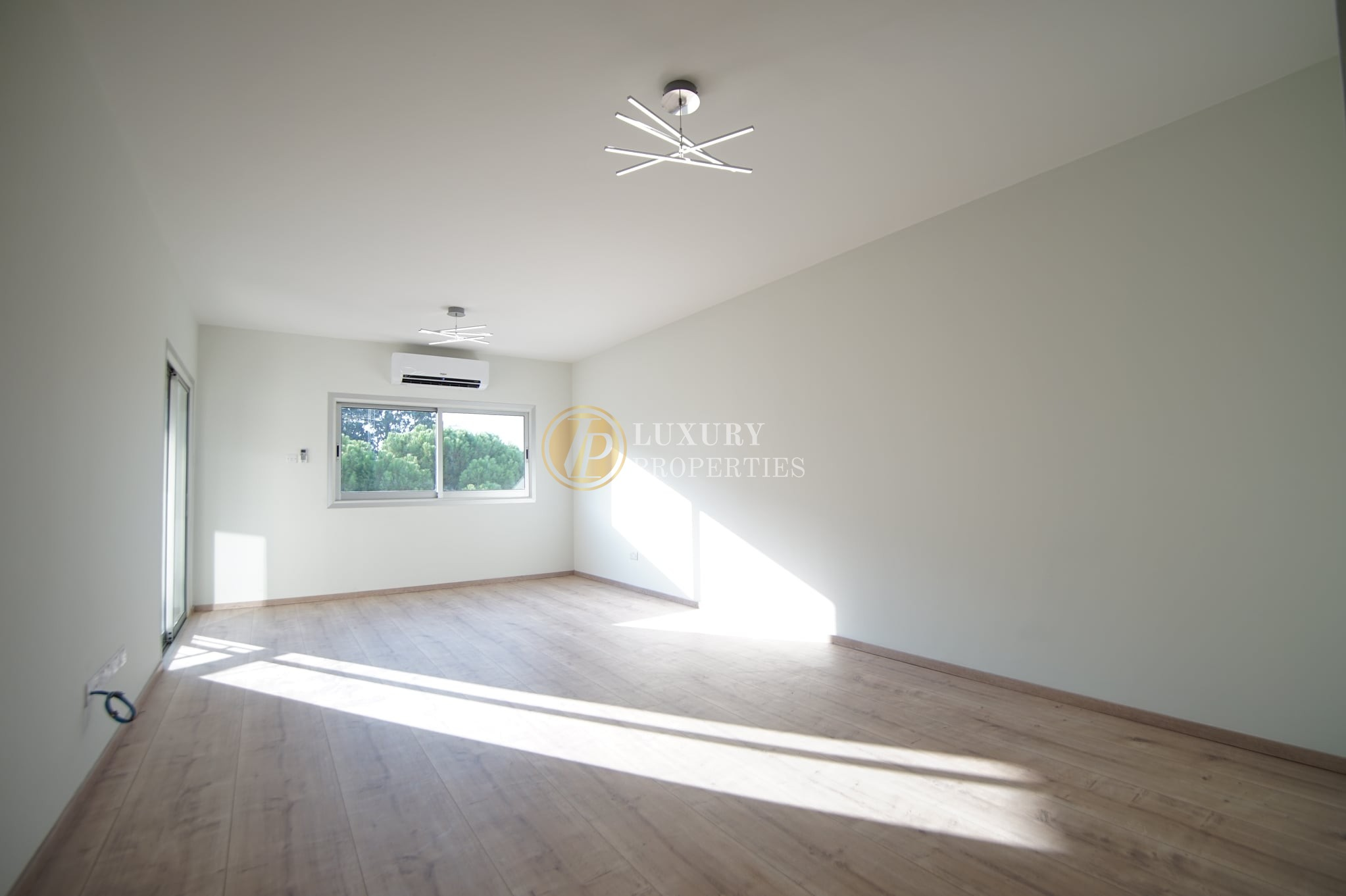 3 bedroom apartment in agioi omologites modern renovated nicosia center